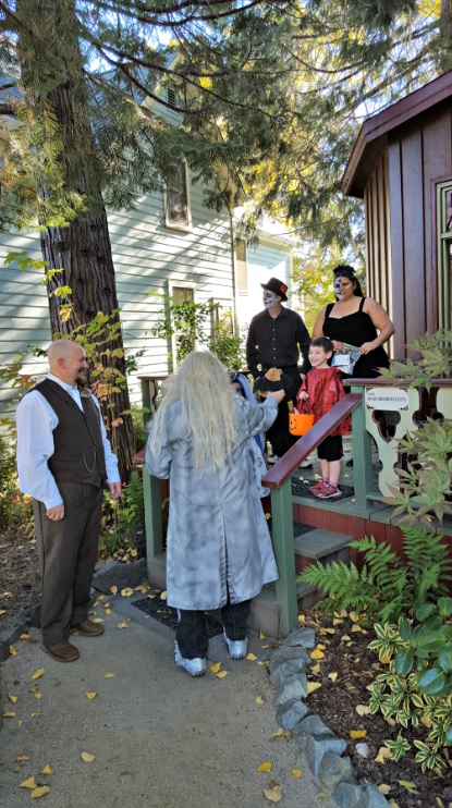 Halloween wedding in Nevada City, California - trick or treat!