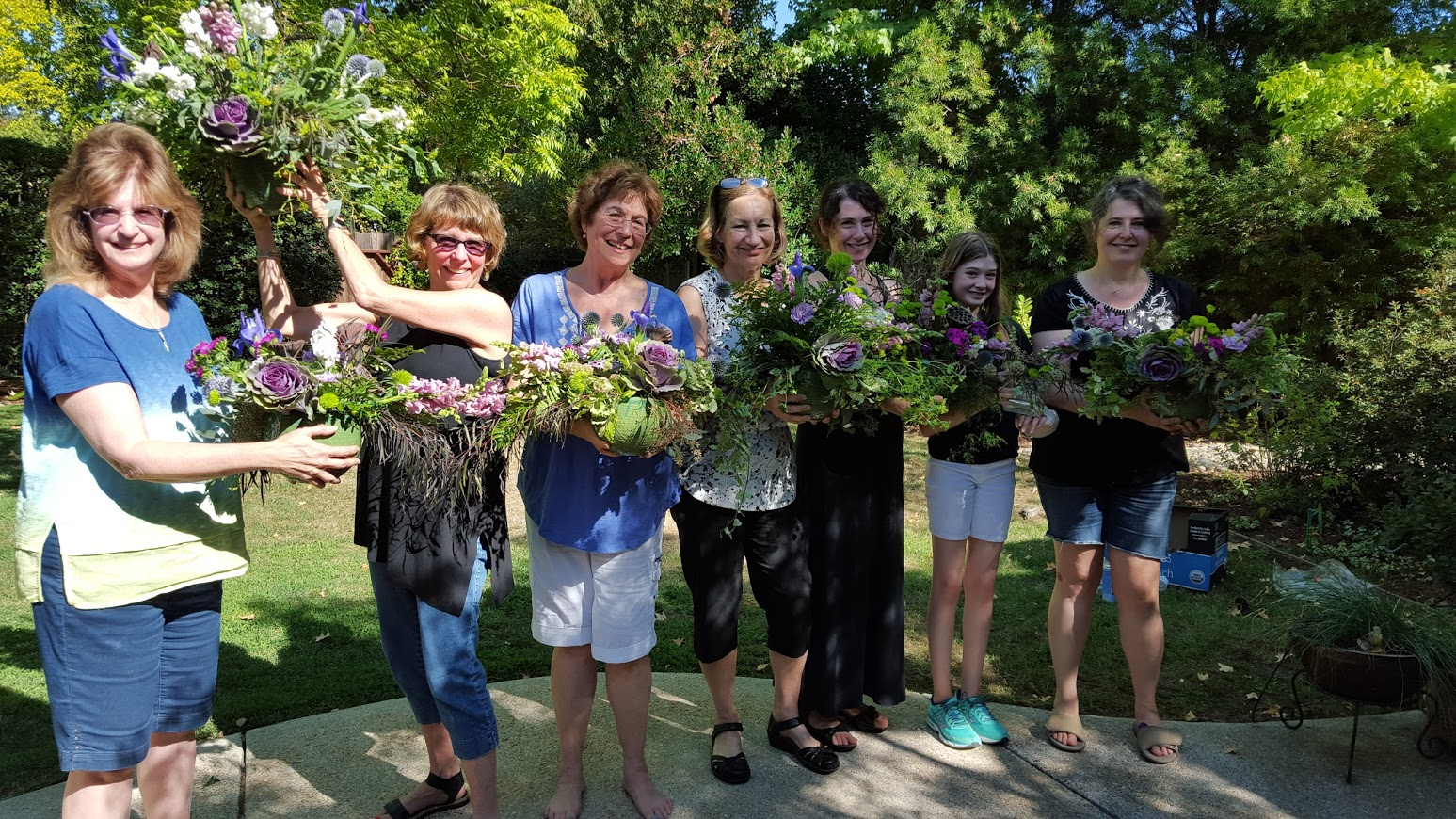 private-floral-design-class-sacramento-sierra-and-sky