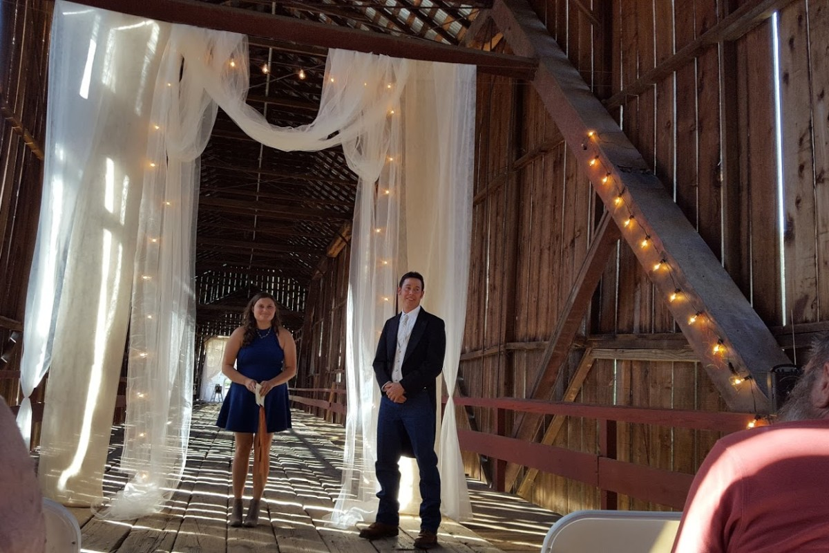 Sierra-and-sky-officiant-covered-bridge-wedding-Chico-CA